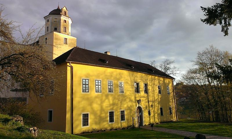hrad malenovice-zdroj-archiv-stat-mesto-zlin