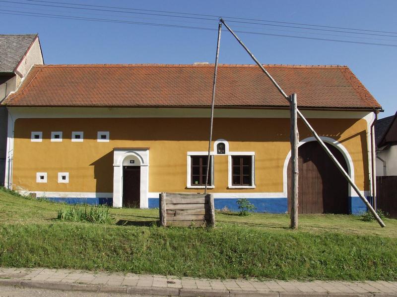 Usedlost čp 93 Topolná