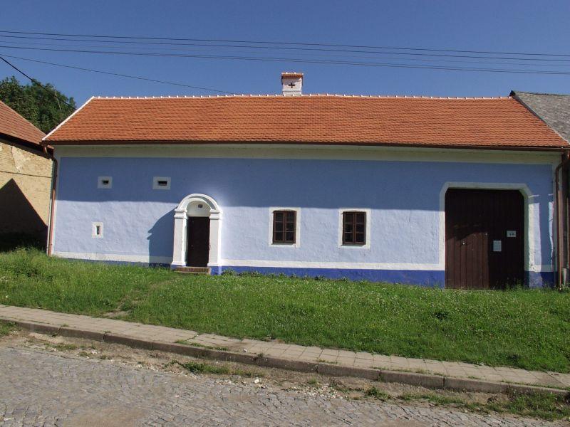 Usedlost čp 90 Topolná